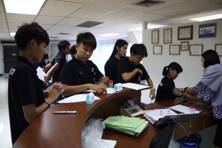 ก่อนลุยซีเกมส์! แข้งฟุตซอลหญิงทีมชาติไทย เข้าทดสอบสมรรถภาพร่างกาย