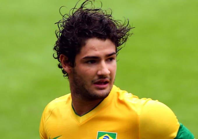 """""""ปาโต้"""" บอกว่าเขาอยากกลับไปติดทีมชาติอีกครั้งลุยศึกฟุตบอลโลก"""